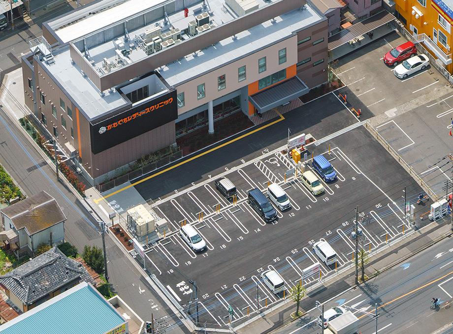 駐車場は40台完備しております